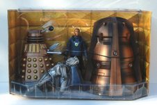 Dalek Thay, Destroyed Cyberman, Mickey Smith with Void Transporter Device and Genesis Ark