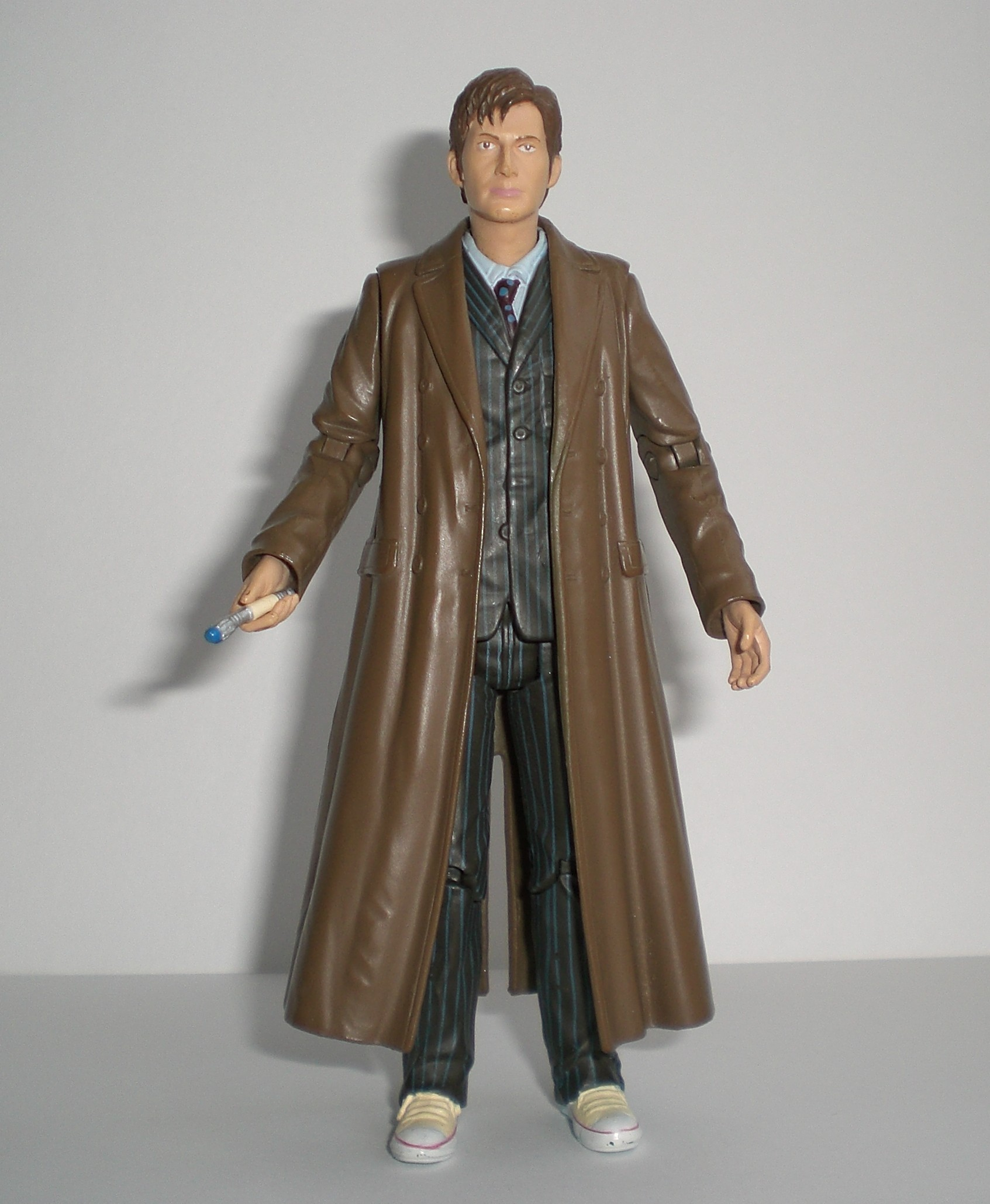 The Doctor with beige converse custom figure