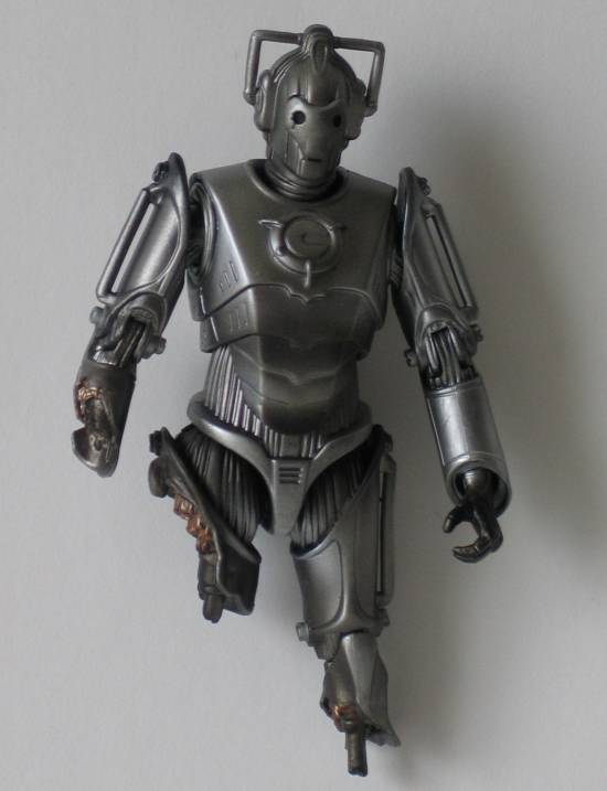 Damaged Cyberman