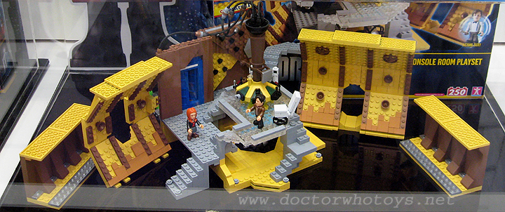 Doctor Who Character Building Tardis Console Room Playset
