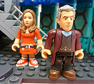 Character Building Series 4 Clara (Red Dress) and The Twelfth Doctor (Peter Capaldi) Micro Figures