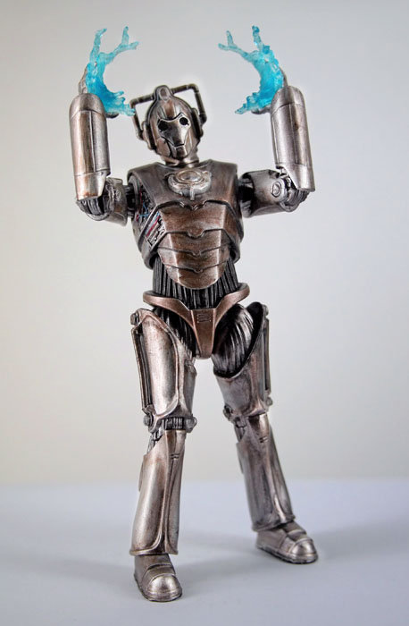 Corroded Cyberman With Face Damage With Electric Hands Wave 2D