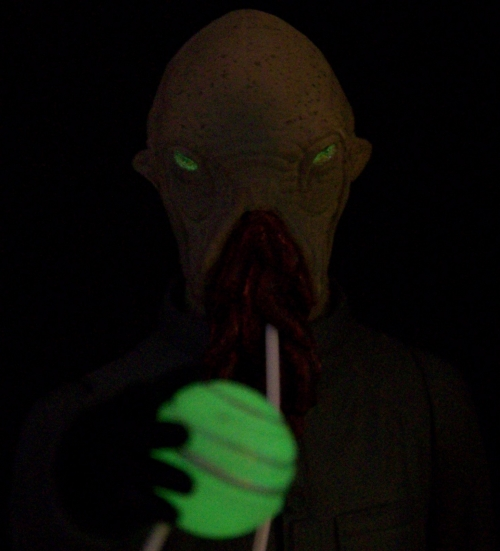 The Ood with Glow-In-The-Dark Eyes and Translation Orb