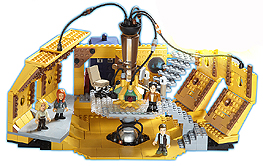 2011 Character Building Tardis Console Room Set